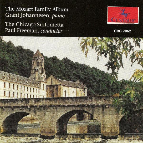 Mozart Family Album - W.a. Mozart - Musik - CENTAUR - 0044747206226 - 30/4-2014